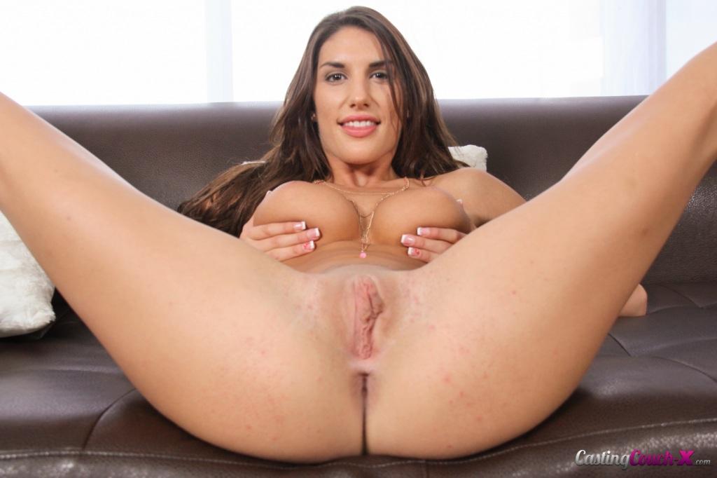 August Pussy - Big Lady Sex