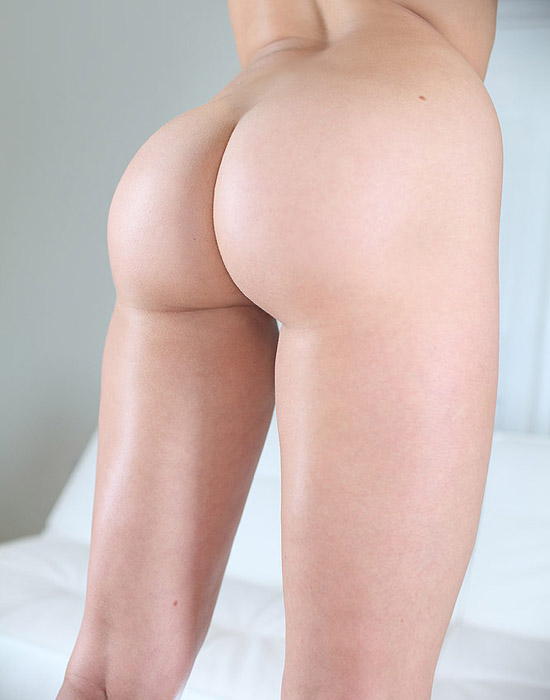 Mia Malkova shows her bare round booty