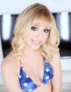 Lucy Tyler looks hot in bikini
